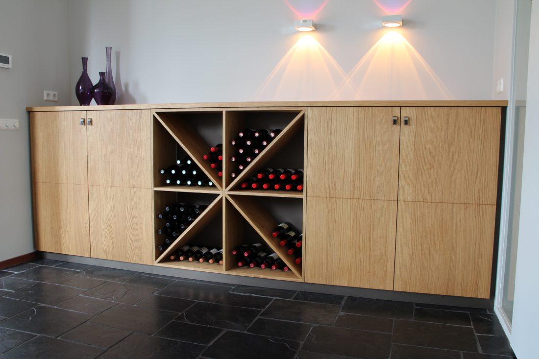 Blokvorm architectuur meubel ontwerp dressoir wijnkast